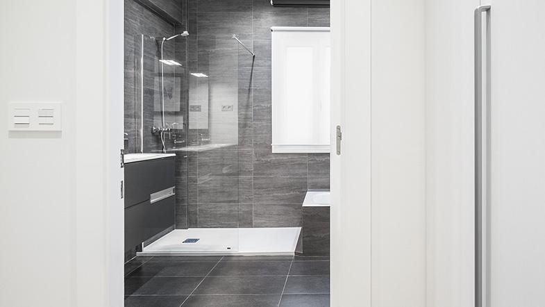 06.- Barria 6  Baño Principal (Web)